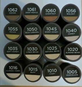 Burt's Bees Goodness Glows Liquid Makeup, 1.0 fl. oz.