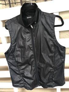 Under Armour Women's Layered Up Black Running Vest  XL