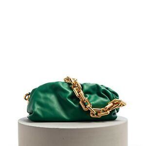 BOTTEGA VENETA 3690$ The Chain Pouch Clutch Bag Racing Green Folded Calf Leather