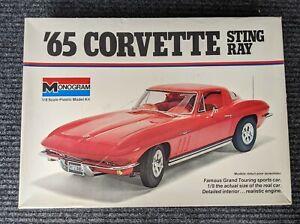 MONOGRAM 1965 CORVETTE STINGRAY 1/8th scale Model Kit in Mint Condition