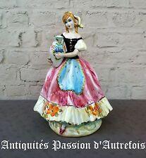 B2016596 - Grande ( 37 cm ) figurine en faïence Italienne - Très bon état
