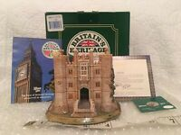 Lilliput Lane HAMPTON COURT PALACE 1998 Brand New Britain's Heritage - Vintage