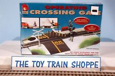 LIFE-LIKE TRAINS 433-8314 OPERATING CROSSING GATE. HO SCALE. NEW IN SEALED BOX.