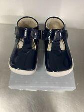 Toddler Girls Clarks Roamer Go Navy Patent Shoes Size UK 4E/EU 20