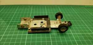 Vintage metal chassis 1/32 scalextric old and hard made in argentina