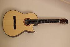 Hanika Basis cutpf Konzert Guitarra maciza + AER AK15 NUEVO / NUEVO