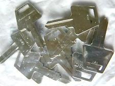 American Padlock Key Blanks AM-3 Bag of 10- by Hillman