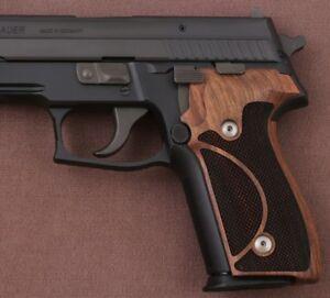 Sig Sauer P228/229 Walnut Grip