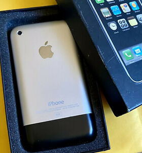 Collectible: Apple iPhone 2G 1st Generation - 8GB - A1203 - MA712LL/A - MiNT