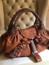 Borsa Wisteria Spy Bag Fendi® In Pelle Colore Cuoio. Codici Di Autenticità.