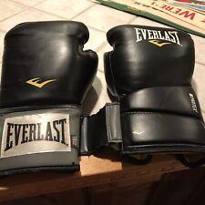 Everlast 16Oz boxing gloves Black in great shape