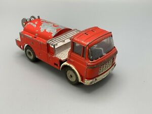 CAMION MINIATURE JRD VINTAGE  MADE IN FRANCE CABINE BERLIET RELAXE POMPIER