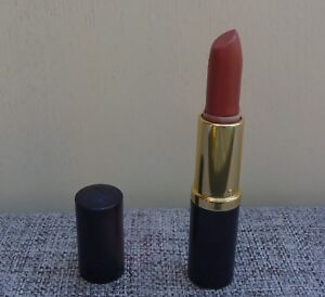 ESTEE LAUDER Pure Color Long Lasting Lipstick, #82 pinkberry (CREME), NEW