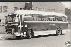 Postcard Size Transport Photograph - Vintage Queensway Coach   U1071