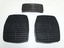 RANGE ROVER CLASSIC PEDAL PAD RUBBERS SET (3 PADS) - MANUAL GEARBOX - NEW PADS