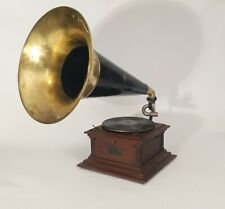 Victor 3 outside horn phonograph