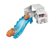 Disney Finding Dory Swigglefish Hank Truck Playset Bandai
