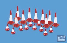 5008 Modelscene OO/HO Gauge Traffic Cones (Large & small) Pack of 20