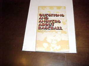 1973 Questions and Answers About Baseball New York Yankees Cover
