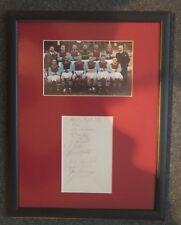 """1937-38 Aston Villa firmato montato Album Page & Photo Display Frame 17"""" x 13"""""""