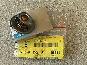 Mazda 121 ZQ, Original Thermostat, neu, OVP, 1E03-15-171