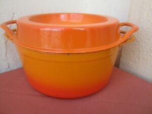 Vintage LE CREUSET/COUSANCES - Cast Iron Enamel FLAME DOUFEU #24 round pot + lid