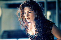 Kate Winslet As Rose Dewitt Bukater In Titanic 11x17 Mini Poster