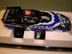 2002 ACTION MAC TOOLS TOMMY JOHNSON Jr. SKOAL FUNNY CAR 1/24 NEW