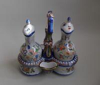 Saint-Clément. Huilier vinaigrier en faïence décor corne d'abondance XIXe siècle