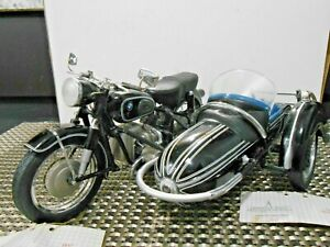 Franklin Mint 1:10 1957 BMW R-50 Motorcycle & Sidecar - B12VD74 & B13VD74