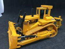 JOAL 1:50 CAT CATERPILLAR D10 Bulldozer a chenilles  NO. 220 engin de chantier