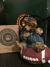 Boyds Rare Retired Football Ornament Knute.Half Time
