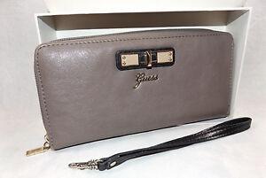 GUESS Stylish Ladies Wallet Perlita Slg Multi