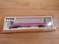 """TYCO 334A HO Scale 50' Pulp Wood Car """"The Southern Railroad"""" In Original Box"""