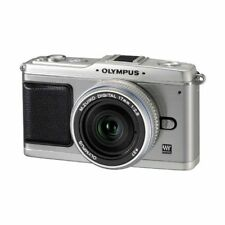 Excellent! Olympus E-P1 12.3MP with 17mm f/2.8 Silver - 1 year warranty
