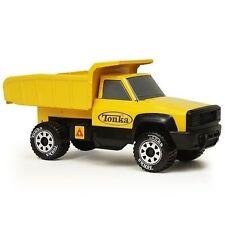 Tonka 92207 Steel Classic Quarry Dump Truck