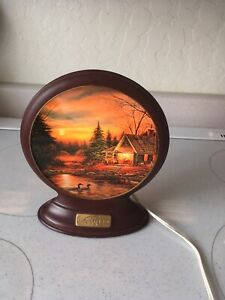 """Terry Redlin """"Quiet Of The Evening"""" Collector Plate Night Light"""