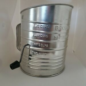 Vintage Bromwell's 5 Cup Measuring Sifter Tin Farmhouse Decor no rust USA