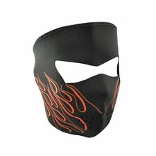 Masques aérés pour casques et vêtements pour véhicule