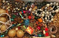 VINTAGE - NOW 2 LBS ESTATE JUNK DR LBS JEWELRY LOT Wear Rpr Untested FAUX PEARLS