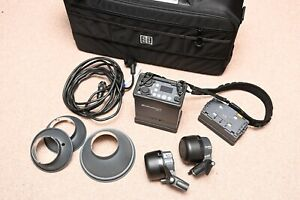 Elinchrom ELB400 2-head kit with spare battery, Quadra series