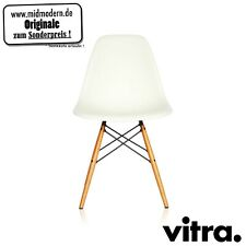 vitra - Eames Plastic Side Chair DSW Weiss + Ahorn (neue Höhe)