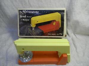 VINTAGE 1974 RHINESTONE & STUD SETTER BY RONCO W/BOX
