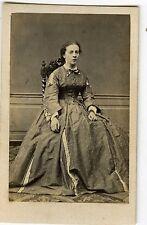 PHOTO CDV 1860 LIMOGES MARTIN une femme pose vintage albumen FASHION mode