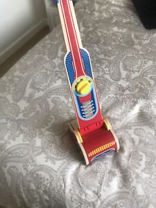 melissa and doug wooden toys Hoover , Vacuum Cleaner Very Very Good Condition
