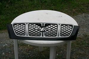 Subaru Forester SF Grill Black genuine