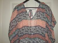 Women's Lovely Day Pink Paisley Romper Size Small NWT