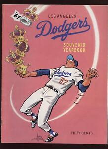 1967 Los Angeles Dodgers Yearbook EXMT+