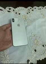 apple iphone xs MAX  READ DESCRIPTION