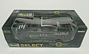 Dale Earnhardt Sr # 3 Goodwrench Oreo 2002 Monte Carlo Revell Select LTD PN